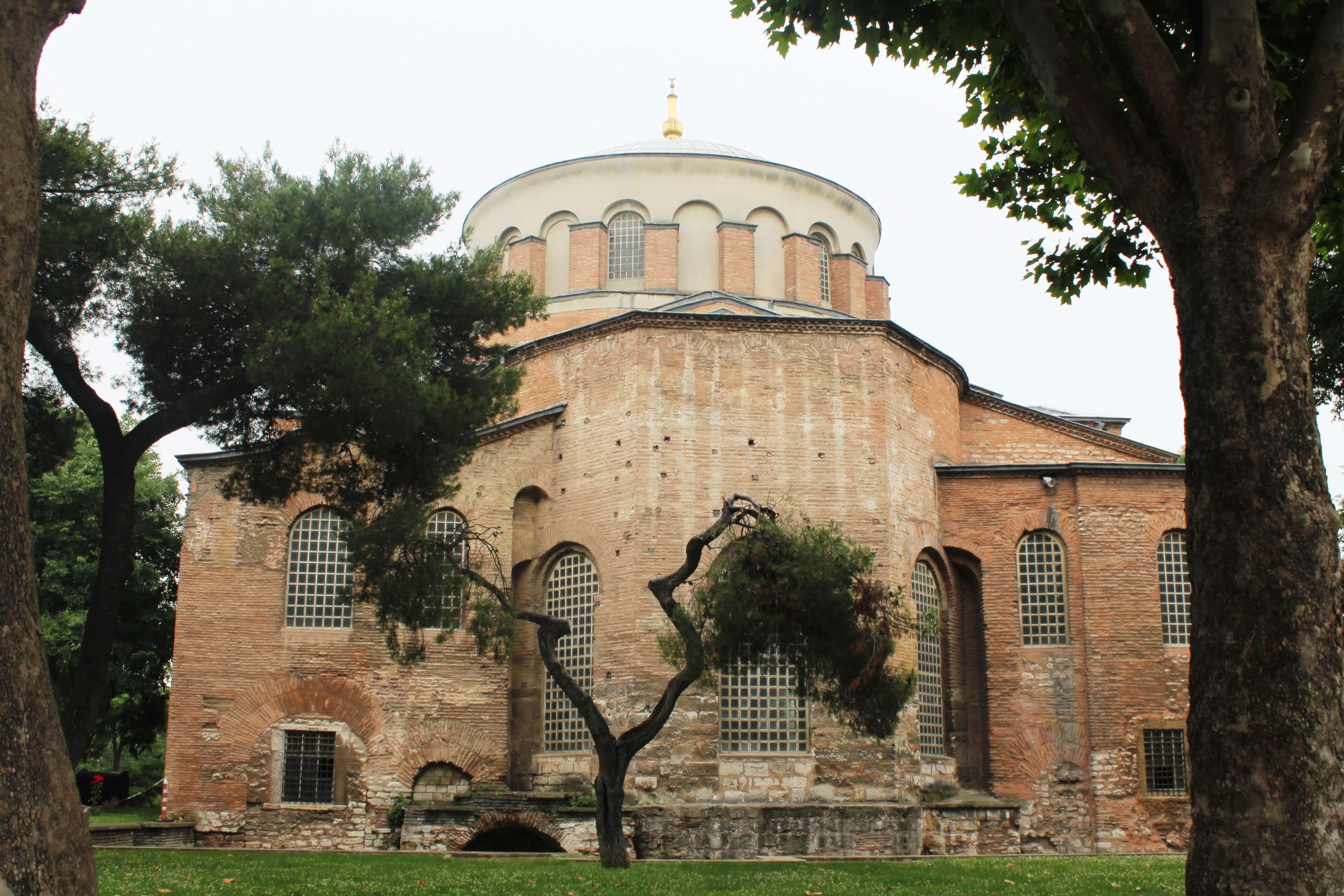 Saint Eirene_Topkapi 1st Courtyard
